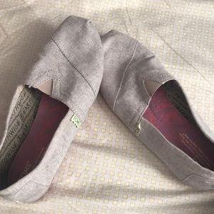 Toms Shoes - Toms